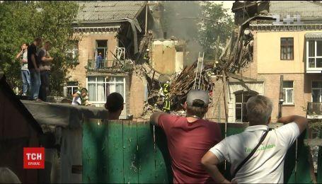 Влада обіцяє надати квартири потерпілим від вибуху в столичній триповерхівці