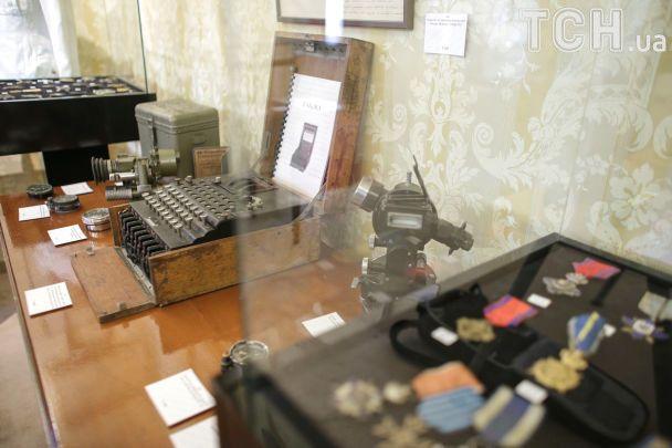 Енігма і секретні повідомлення: у Бухаресті показали шифрувальну машину часів Другої світової війни