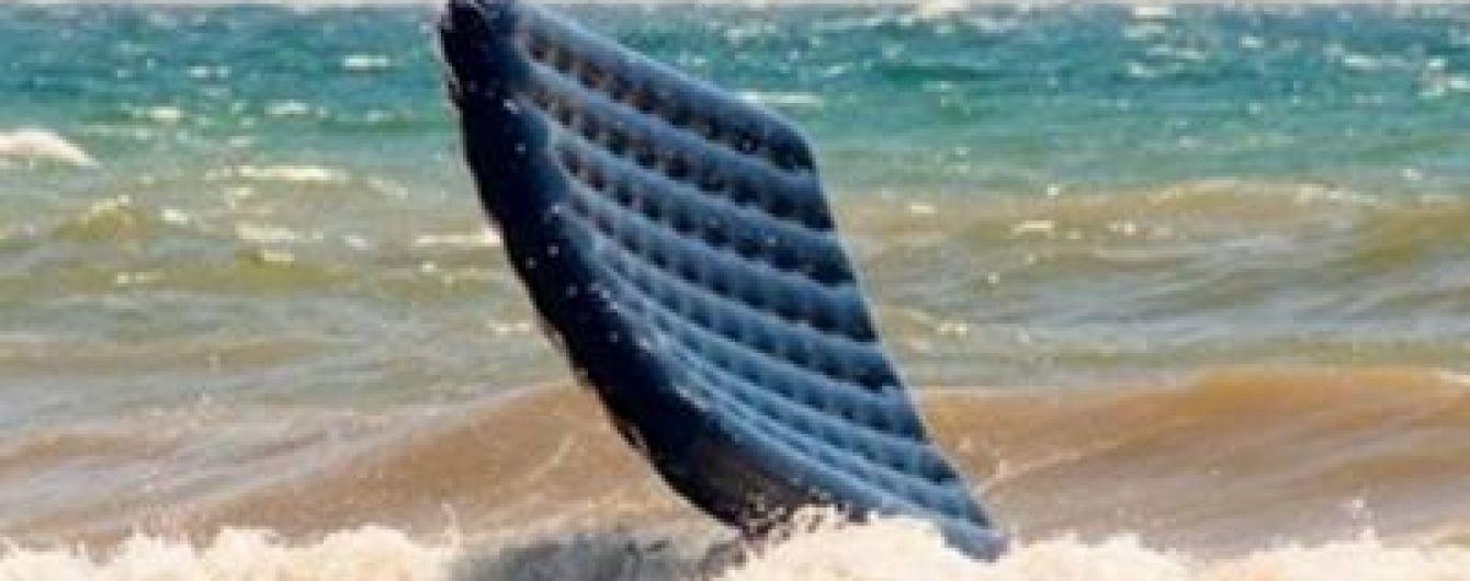 У Затоці 10-річну дівчинку на надувному матраці віднесло на сотні метрів у море