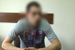 Спецслужби РФ на викрадений в українця паспорт зареєстрували з десяток пропагандистських сайтів