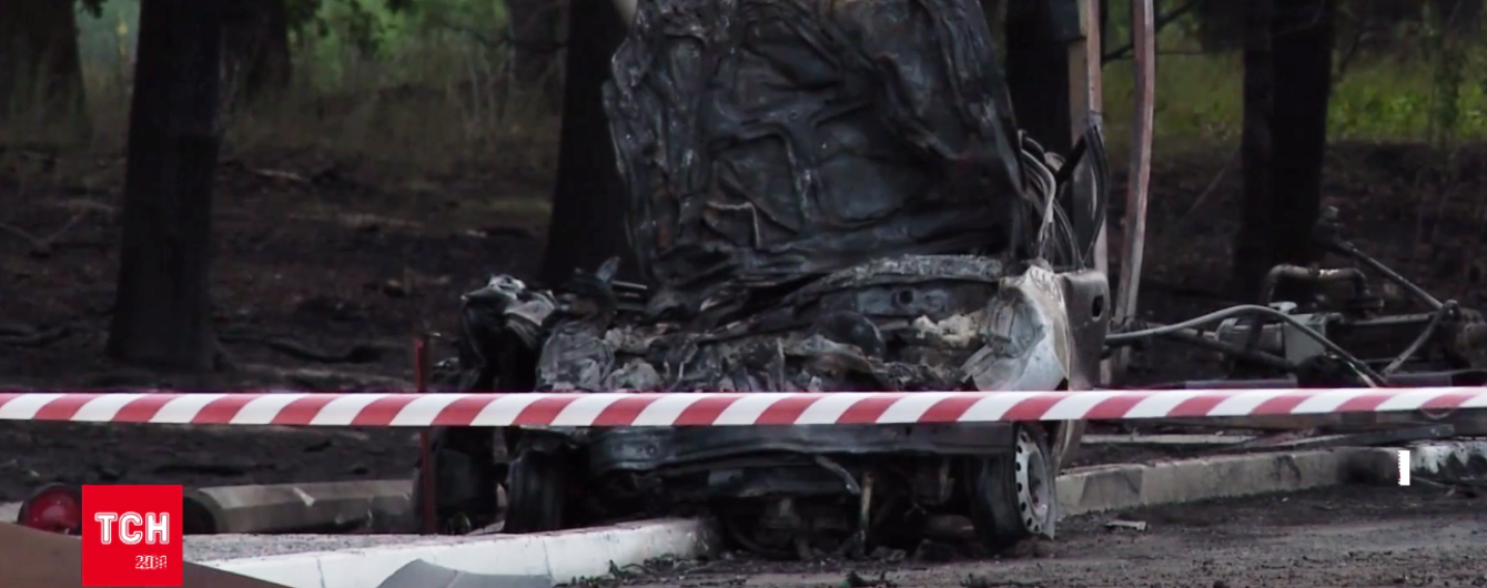 На Киевщине легковушка врезалась в АЗС, погибла женщина