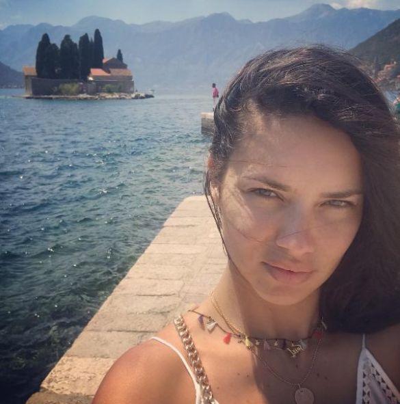 Адриана Лима_3