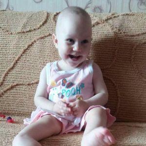 Крошечная Вика нуждается в операции в Израиле