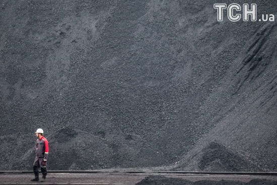 У Росії офіційно визнали завезення вугілля з окупованого Донбасу