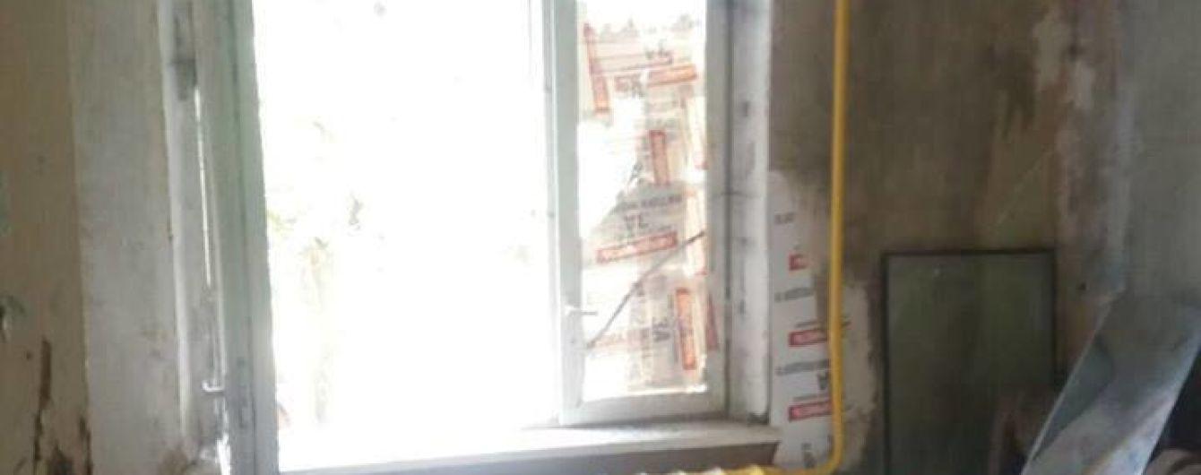 На Київщині прогримів вибух у квартирі багатодітної родини
