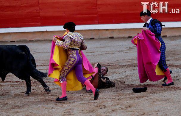 Не взяли биків за роги. На традиційному забігові биків в Іспанії з'явилися нові постраждалі