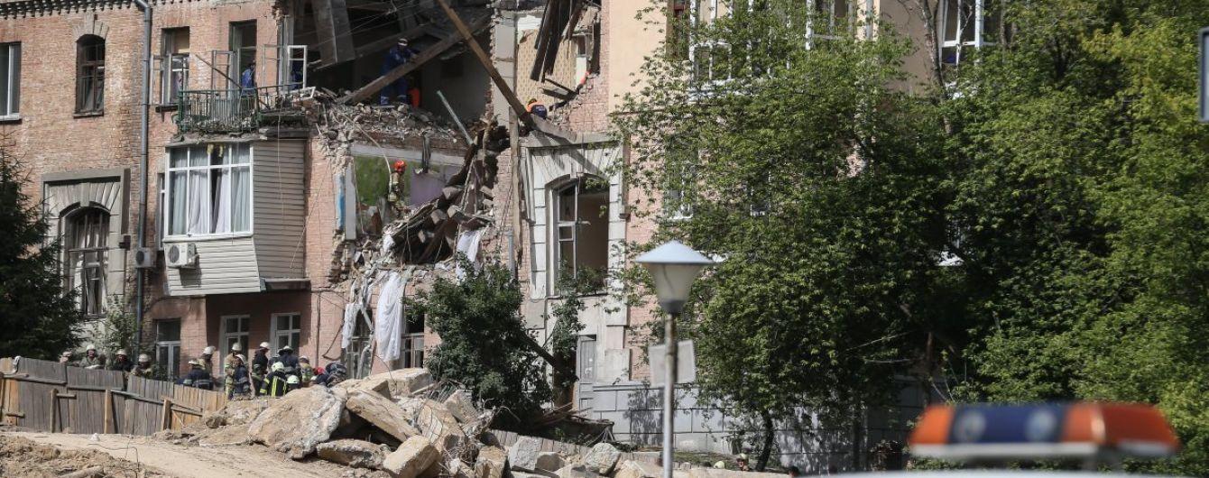 Взрыв в Киеве: свидетели говорят о найденном в руинах теле второго погибшего