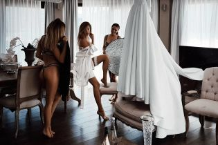 Сукня за 200 тисяч і заможний наречений: з'ясувалися деякі подробиці весілля доньки Добкіна