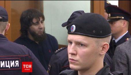 Вбивцю Нємцова засудили до 20 років колонії суворого режиму