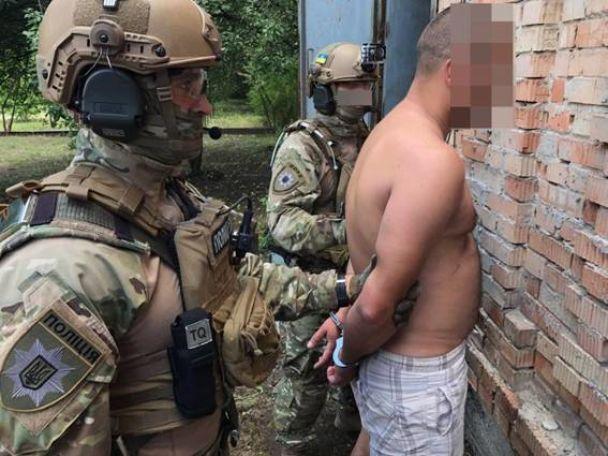 Подкрадывались и били газовым ключом: в Днепре КОРД поймал банду, которая жестоко убивала людей