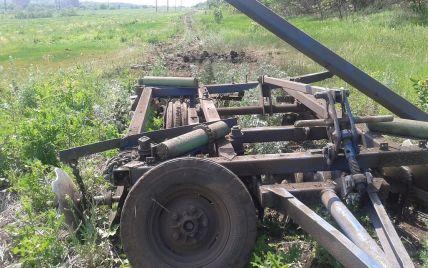 На Луганщине в поле подорвался тракторист