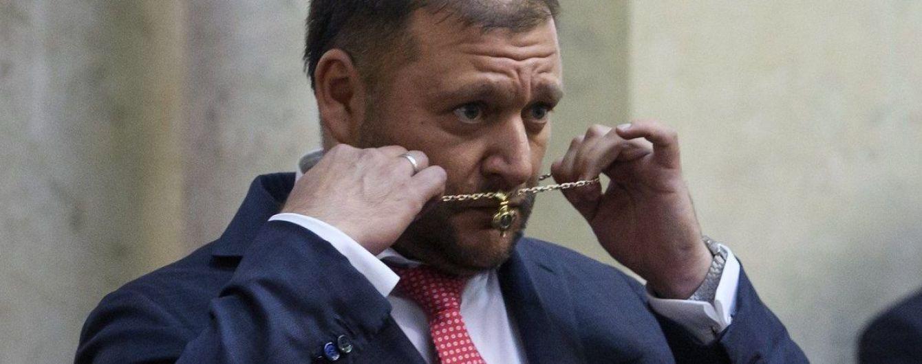 П'ятниця в Україні стане днем допитів, судів та можливих гучних арештів