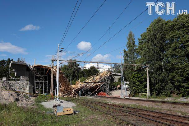 У Швеції завалився залізничний міст, є багато травмованих