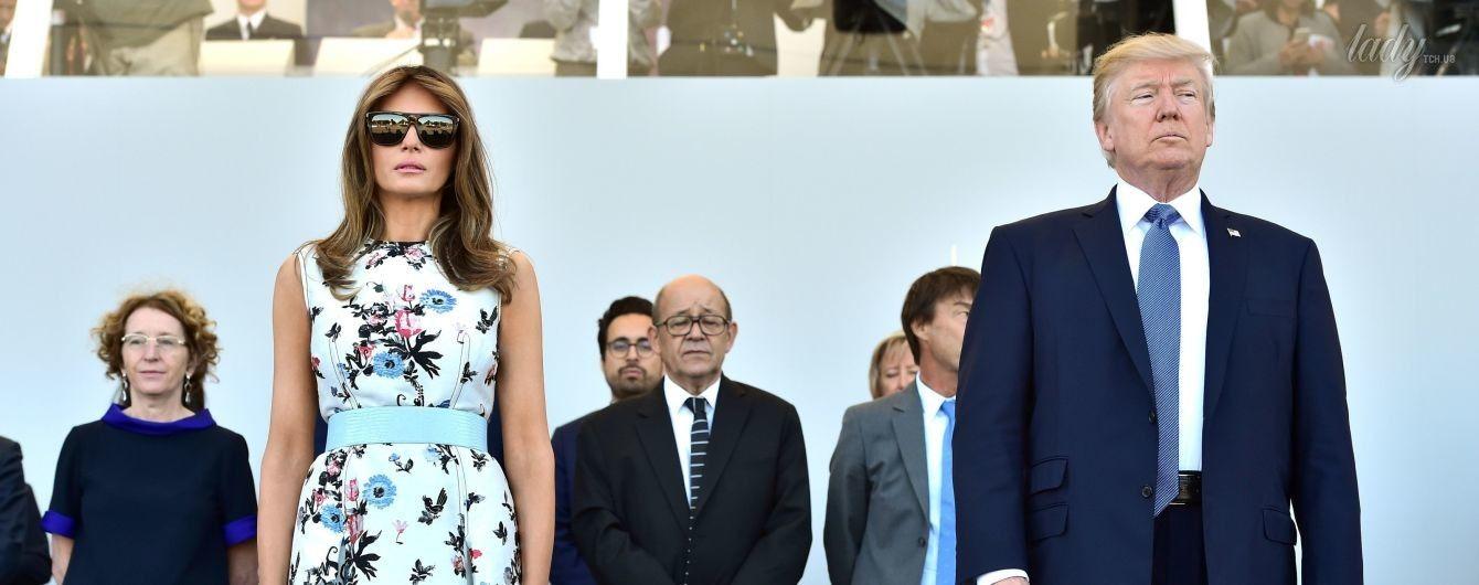 Как всегда, великолепна: Мелания Трамп надела платье с цветочным принтом на парад в Париже