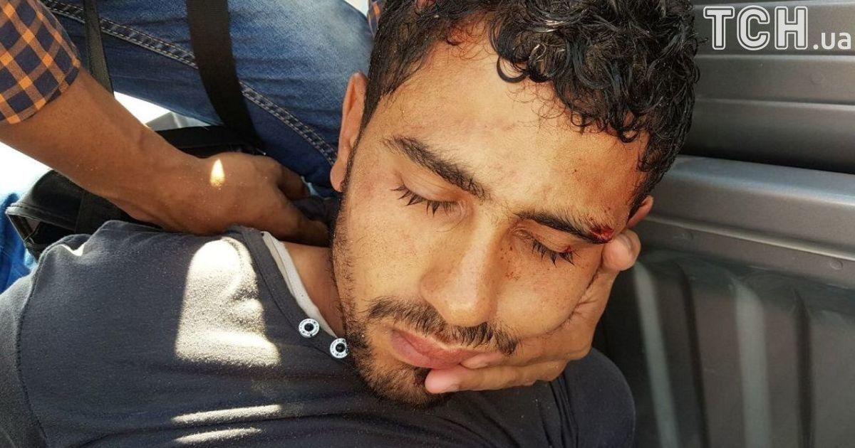 Чоловік, якого затримали на місці нападу @ Reuters