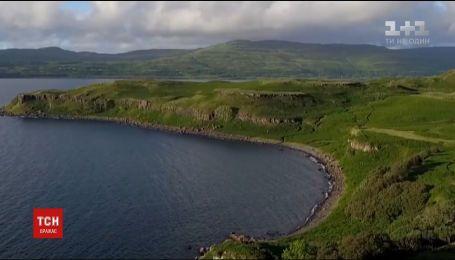 В Шотландии продают живописный остров Алва с особняком, церковью и рестораном