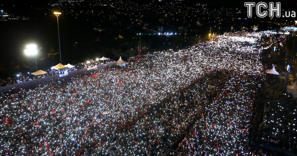 Год назад, в ночь на 16 июля, в Турции группа военных осуществила попытку государственного переворота @ Reuters