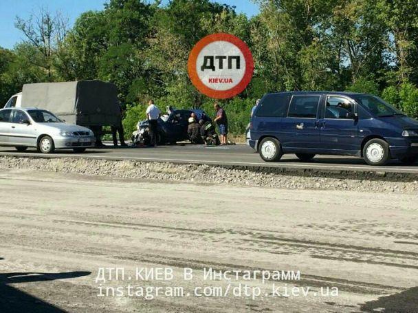 Девушка за рулем не пропустила на трассе автобус до Одессы и разбилась насмерть