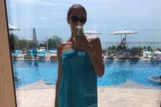 Звезды на отдыхе: Катя Осадчая поделилась пляжными фото с Одессы