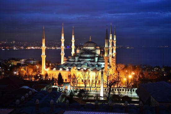 Пам'ятки старовинного Стамбула: восьме чудо світу та мечеть на 10 тисяч вірян