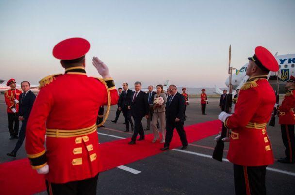 Порошенко прилетел в Грузию с официальным визитом