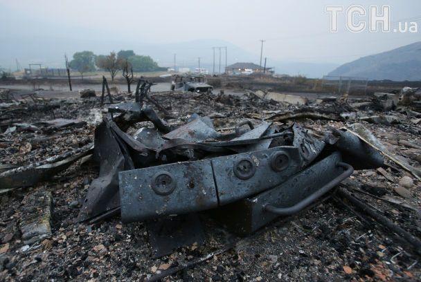 Пепел и останки. Reuters показал последствия масштабных лесных пожаров в Канаде