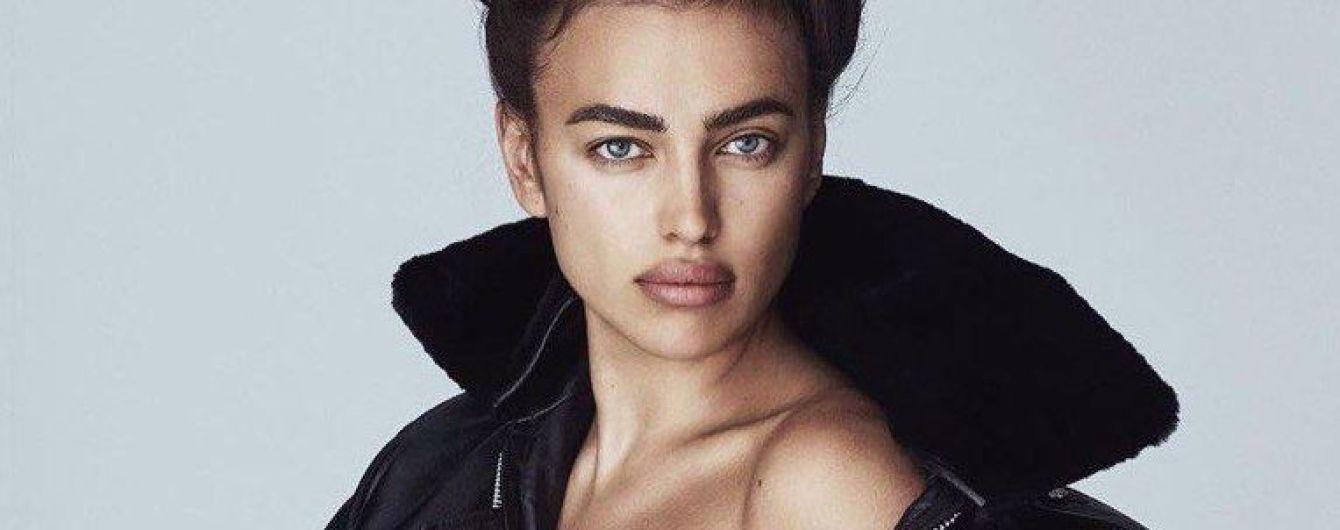 В куртке на голое тело: Ирина Шейк сексуально позировала для новой фотосессии