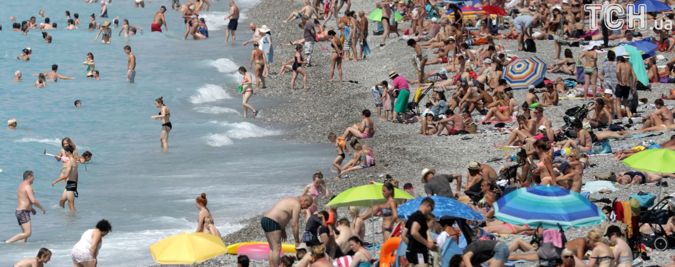Пляжна погода. Синоптики обіцяють сонце і 34 градуси спеки, але не скрізь