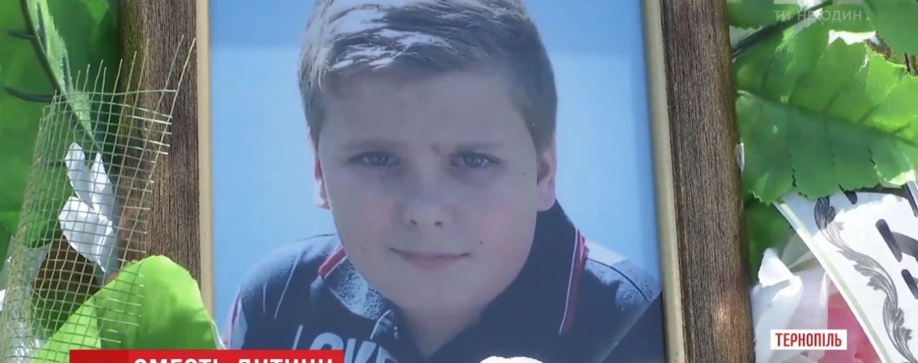 Смерть через лікарську помилку: на Львівщині довели провину медиків у загибелі 12-річного хлопчика