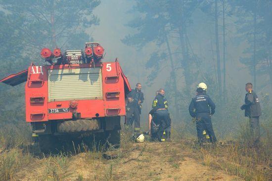 На Дніпропетровщині загасили масштабну пожежу на військовому полігоні