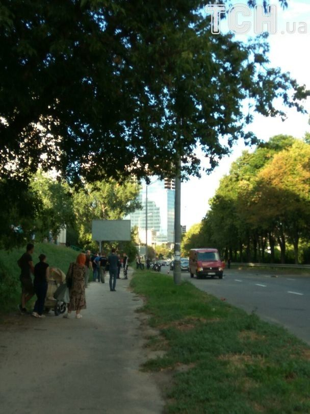 В Киеве во время смертельного ДТП мотоциклисту оторвало руку