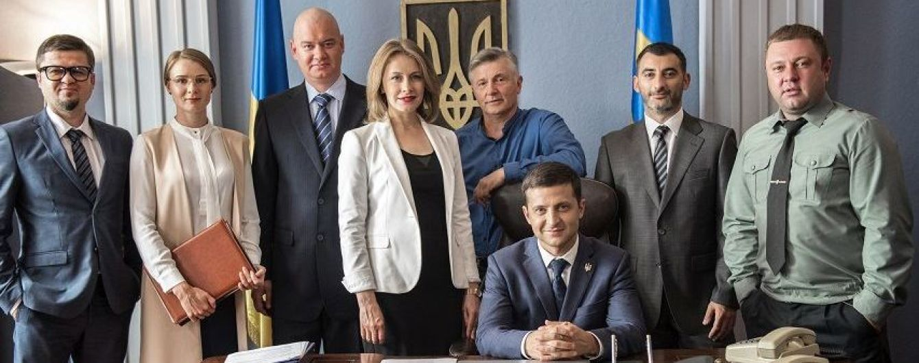 """Телевизионная премьера фильма """"Слуга народа-2"""" состоится ко Дню Независимости Украины"""