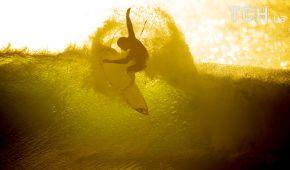 Володарі хвиль. Reuters опублікувало видовищні фото серфінгу у ПАР