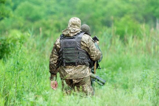 """Доба """"шкільного перемир'я"""": активізація обстрілів та двоє поранених військових ЗСУ"""