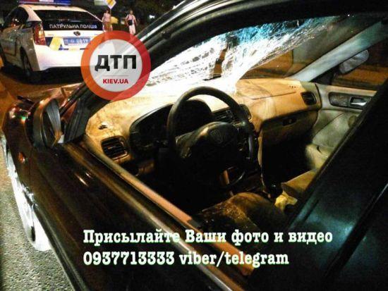Смертельна аварія в Києві: чоловік миттєво загинув на пішохідному переході