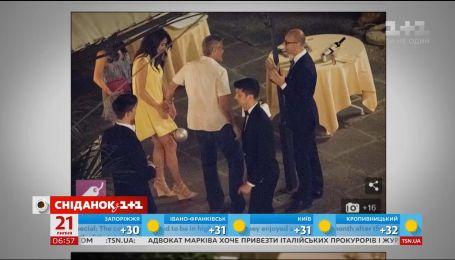 Джордж и Амаль Клуни провели вечер без новорожденных малышей