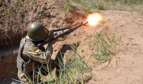 Мінімальна активність ворога і вогонь у відповідь українських військових. Дайджест АТО