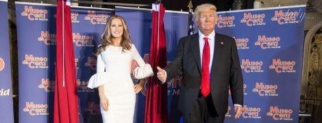 Похожи или нет: в Мадриде презентовали восковые фигуры Мелании и Дональда Трампа