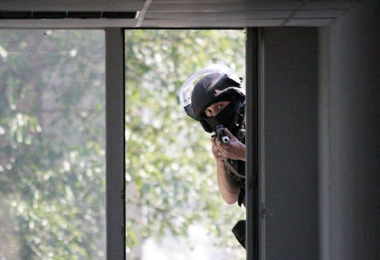 Ворожа розвідка українських позицій та бойове зіткнення в районі Катеринівки. Дайджест АТО