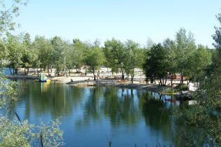 На Донеччині в озері потонула 6-річна дівчинка