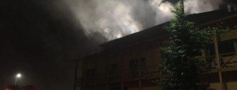 Свидетели поджога и дурная слава заведения: ТСН узнала новые подробности пожара в элитном отеле Луцка