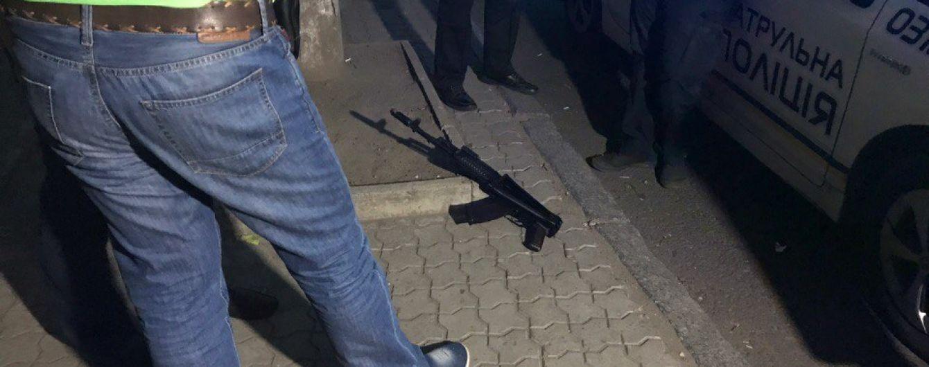 Полиция вручила два подозрения третьему участнику кровавой стрельбы в Днепре