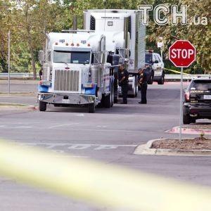 Спасенный из грузовика в Техасе мигрант раскрыл подробности адской перевозки