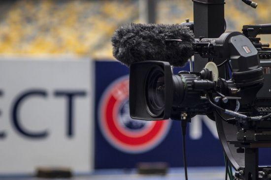 """""""Верес"""" заборонив футбольним програмам показувати відео їхніх матчів"""