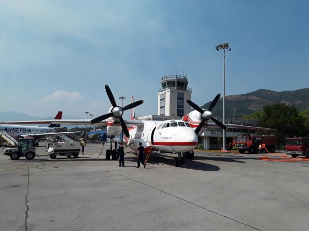 Тиват аэропорт или курорт Пляжи Что Черногория