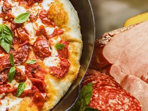 Піца на сковороді за 15 хвилин