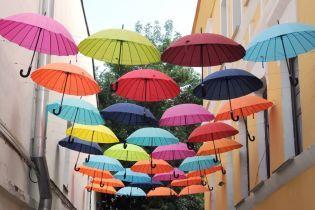 Летняя жара перемешается с грозовыми дождями и ливнями. Прогноз погоды на 27 июля
