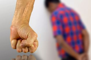 У Пакистані селищна рада присудила хлопцю зґвалтувати привселюдно сестру на знак помсти
