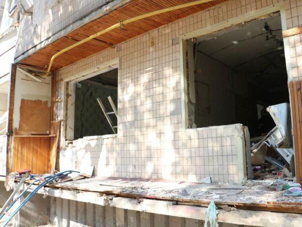 Вибух устоличному будинку: десятки людей відселили утимчасове житло