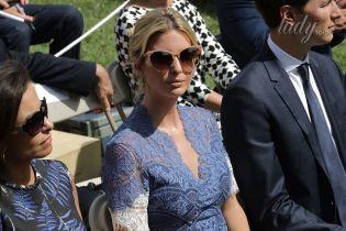 В кружевном платье и на каблуках: Иванка Трамп посетила деловую встречу